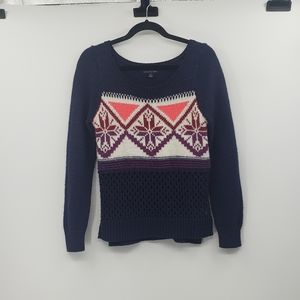 American eagle outfitters navy longsleeve sweater